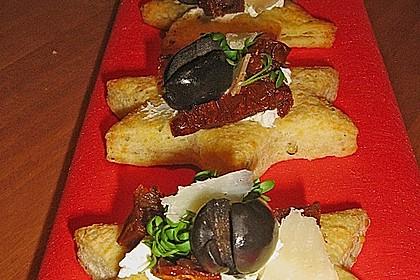 Parmesansterne mit Tomaten und Oliven 6