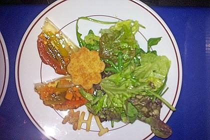 Parmesansterne mit Tomaten und Oliven 57