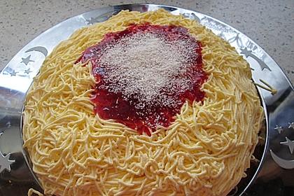 Süßer Spaghettikuchen 1