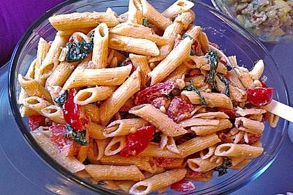 Nudelsalat mit Ricotta und Gemüsewürfeln 2