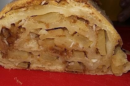Alt-Wiener Apfelstrudel 6