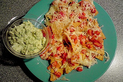 Überbackene Nachos mit Guacamole 2