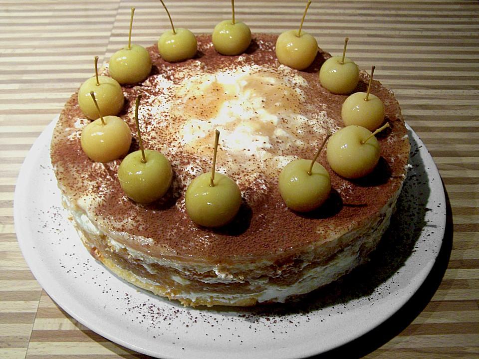 Weihnachtlicher apfelkuchen mit mascarpone