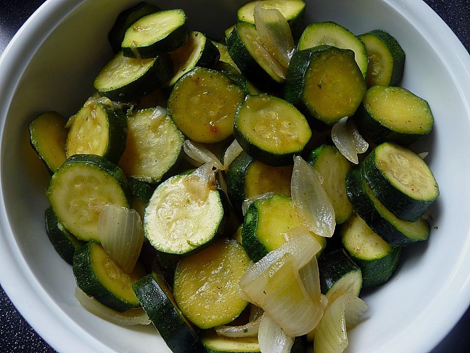 zucchini salat rezept mit bild von sabrina1006. Black Bedroom Furniture Sets. Home Design Ideas