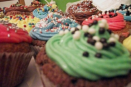 Vanilla Cupcakes 18