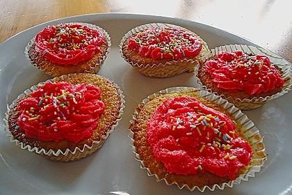 Vanilla Cupcakes 39