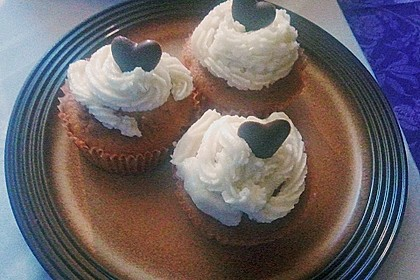 Vanilla Cupcakes 13