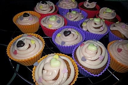 Vanilla Cupcakes 24