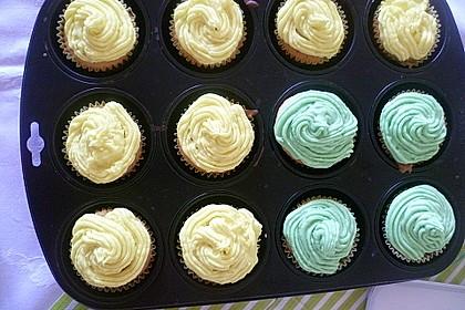 Vanilla Cupcakes 23