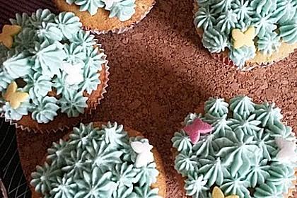 Vanilla Cupcakes 0