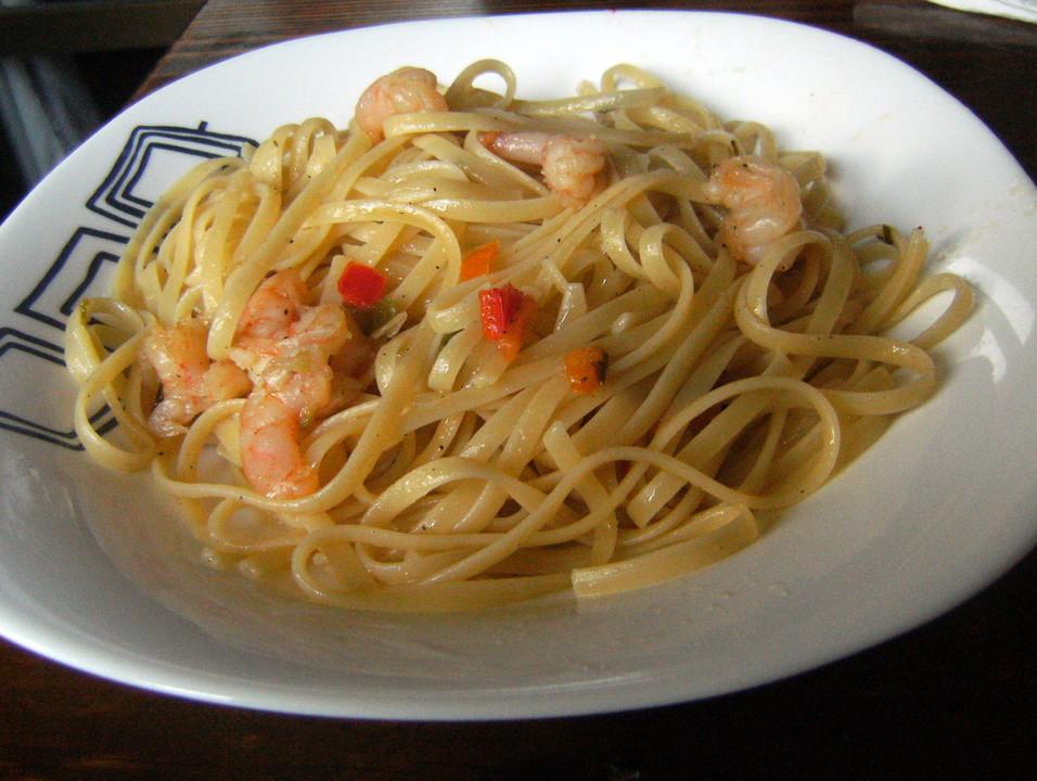 spaghetti mit shrimps und wei wein rezept mit bild. Black Bedroom Furniture Sets. Home Design Ideas