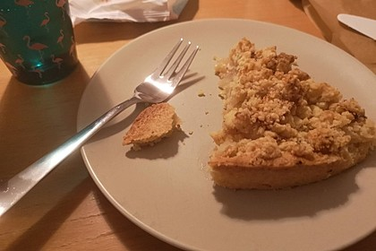 Veganer Apfelkuchen  mit Zimtstreuseln 28