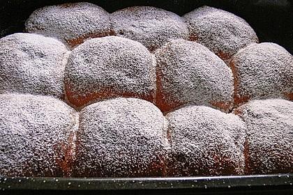 Bayerische Rohrnudeln mit Zuckerkruste 2