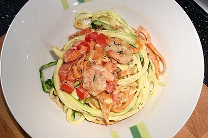 Gemüsespaghetti mit Shrimps 4