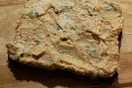 Merceiles Hummus auf türkische Art 25