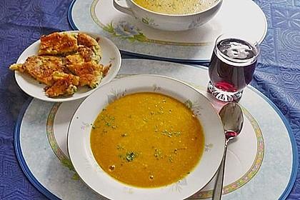 Kürbissuppe mit Äpfeln, Birnen + Lachs 1