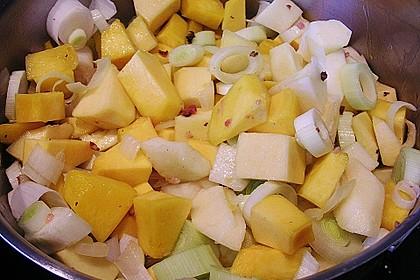 Kürbissuppe mit Äpfeln, Birnen + Lachs 20
