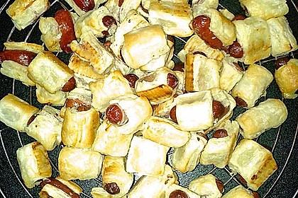 Pikante Würstchen im Blätterteig - Schlafrock 10