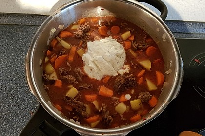 Hack-Gemüse-Suppe à la Martin Liebe 10