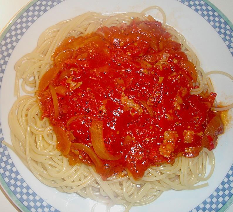 spaghetti mit herzhafter tomatensauce rezept mit bild. Black Bedroom Furniture Sets. Home Design Ideas