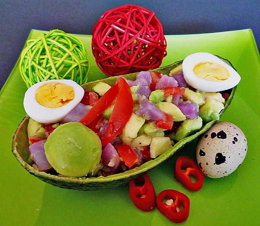avocado mit blauen kartoffeln tomaten und wachteleiern rezept mit bild. Black Bedroom Furniture Sets. Home Design Ideas