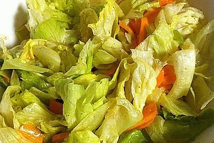 Unsere liebste Salatsoße 15