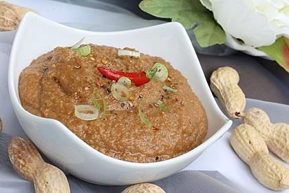 Erdnuss - Chili - Soße