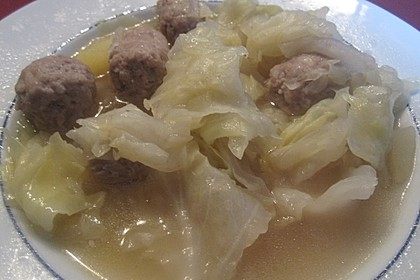 Kohlsuppe mit Kartoffeln und Fleischbällchen 2