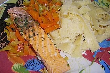 Sanft gegarter Lachs auf Möhren - Orangen - Fenchel - Gemüse 9