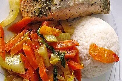 Sanft gegarter Lachs auf Möhren - Orangen - Fenchel - Gemüse 3
