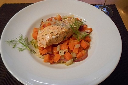 Sanft gegarter Lachs auf Möhren - Orangen - Fenchel - Gemüse 10