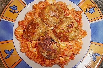 Griechische Hackbällchenspieße mit Fetakern und Tomatenreis 23