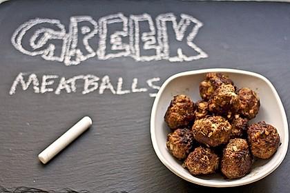 Griechische Hackbällchenspieße mit Fetakern und Tomatenreis 2