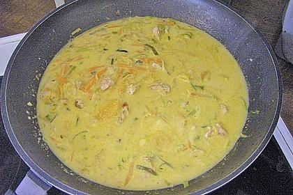 Putengeschnetzeltes mit Karotten - Orangen - Soße 69