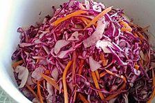 Blaukrautsalat oder Rotkohlsalat