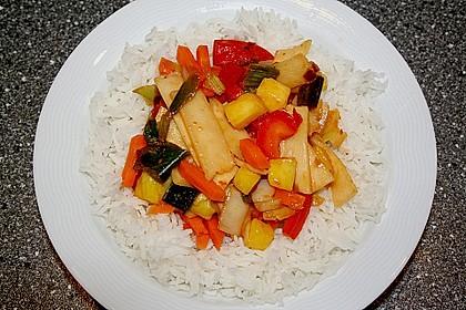 Asiatisch - scharfe Gemüsepfanne mit Ananas 2