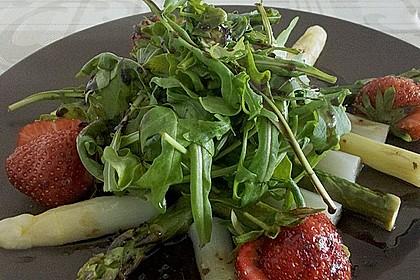Spargel-Erdbeersalat 33
