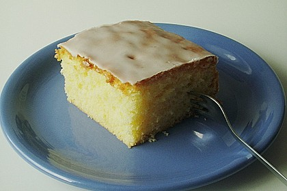 Saftiger Zitronenkuchen 12