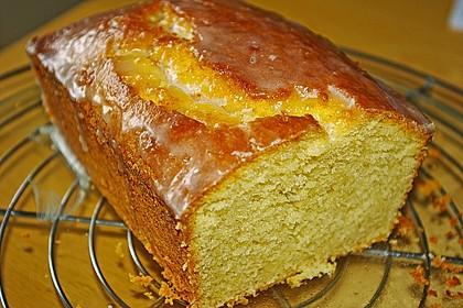 Saftiger Zitronenkuchen 11