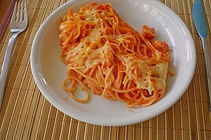 Butternudeln mit Lachs und Mozzarella 10