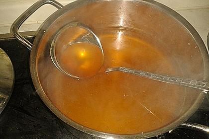 Klare Tomatensuppe mit Petersilienklößchen 14
