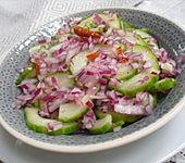 Asiatischer Gurkensalat