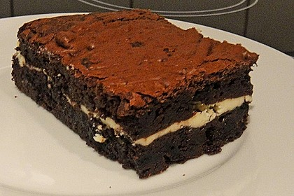 Oreo Brownies with Cream Cheese Swirls 11