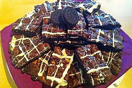 Oreo Brownies with Cream Cheese Swirls 9
