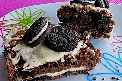 Oreo Brownies with Cream Cheese Swirls 1