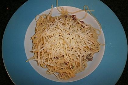 Sayas leichte Spaghetti Carbonara 37