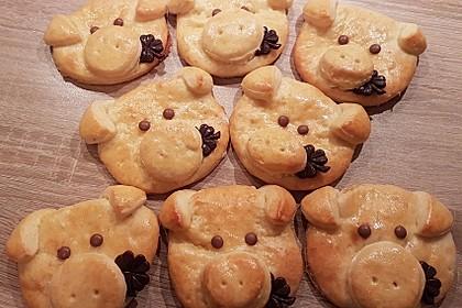 Glücksschweinchen aus Quark - Öl - Teig 59