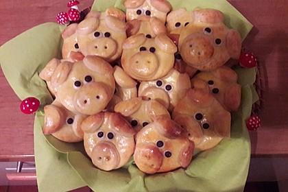 Glücksschweinchen aus Quark - Öl - Teig 47