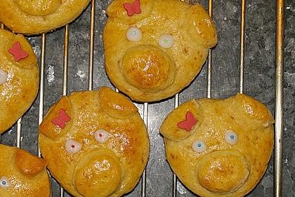 Glücksschweinchen aus Quark - Öl - Teig 22