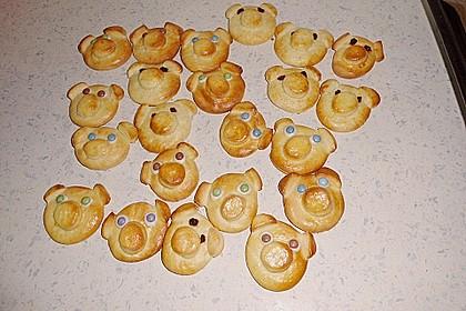 Glücksschweinchen aus Quark - Öl - Teig 45